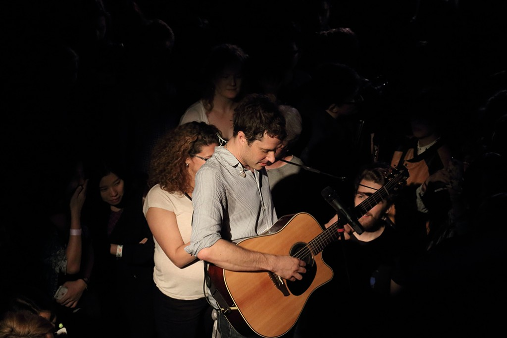 Serenading in the crowd