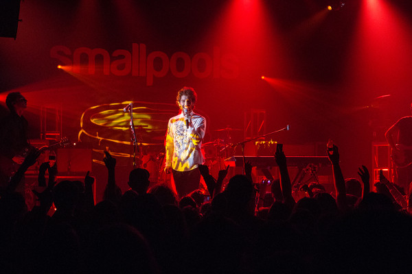 MAGIC MAN + SMALLPOOLS HAVE SOME FUN AT THE MUSIC HALL