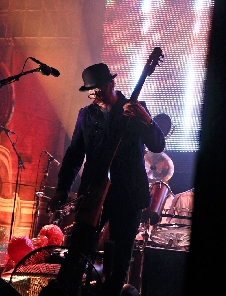 Les Claypool, quite possibly our generations best bassist