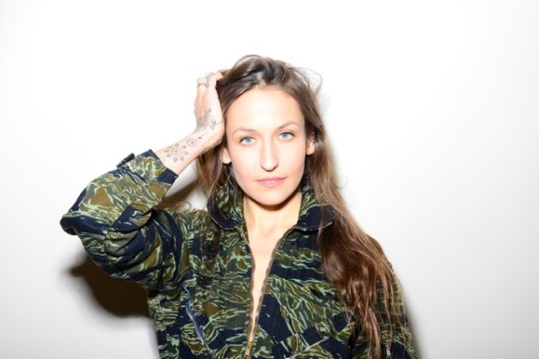 DOMINO KIRKE BALANCES MOTHERHOOD AND HER MUSICAL ROOTS WITH NEW EP