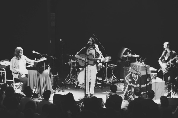 ELVIS PERKINS PLAYS A SPELLBINDING SHOW AT ROUGH TRADE