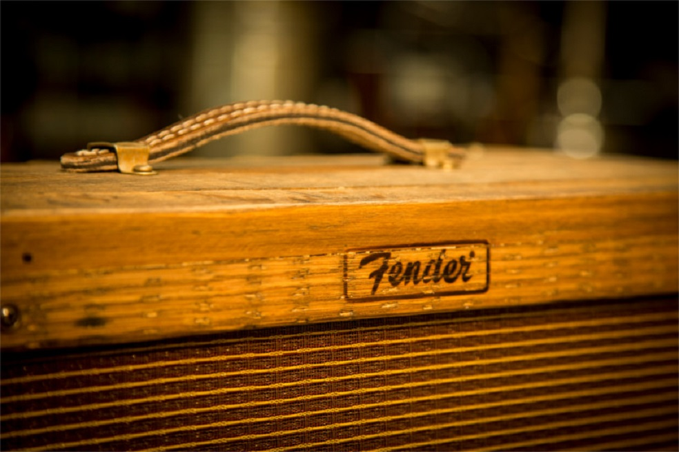 fender to release whiskey barrel amplifiers pancakes and