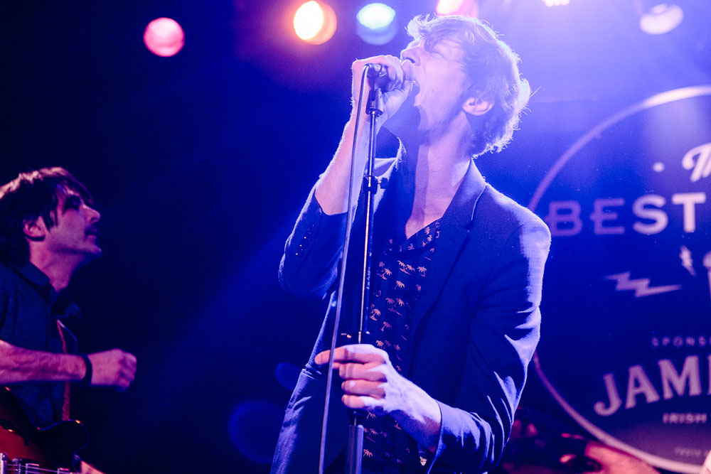 Matt Hitt performing