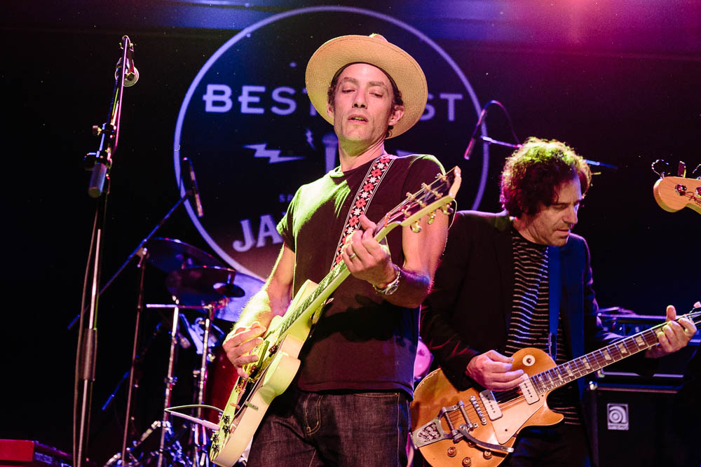 Jakob Dylan performing