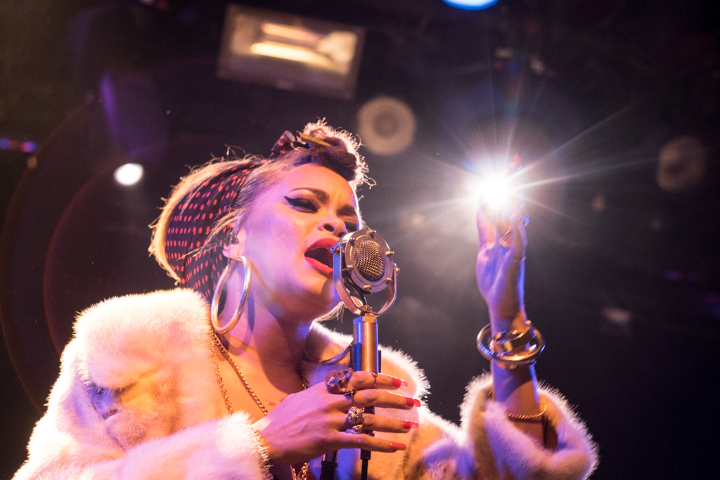 ANDRA DAY MESMERIZES AT LE POISSON ROUGE - Pancakes And Whiskey