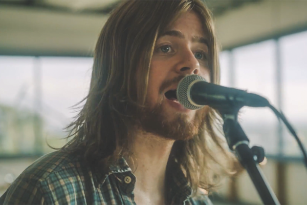 "VIDEO PREMIERE: ""SILVER LININGS"" BY ANDREW LEAHEY & THE HOMESTEAD"