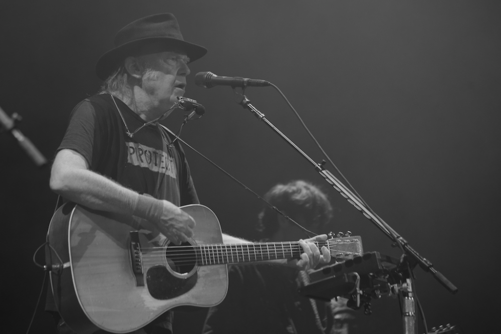 neil-young-promise-of-the-real-outlaw-music-festival-9-18-17-137