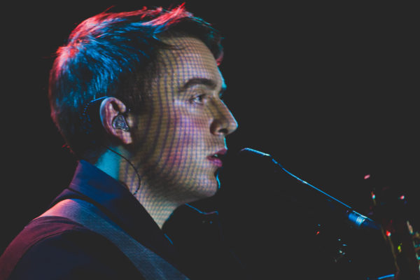 DERMOT KENNEDY SERENADES THE MUSIC HALL OF WILLIAMSBURG