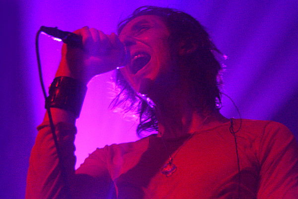 THE HORRORS DEBUT THE DEVILISH 'V' AT ROUGH TRADE