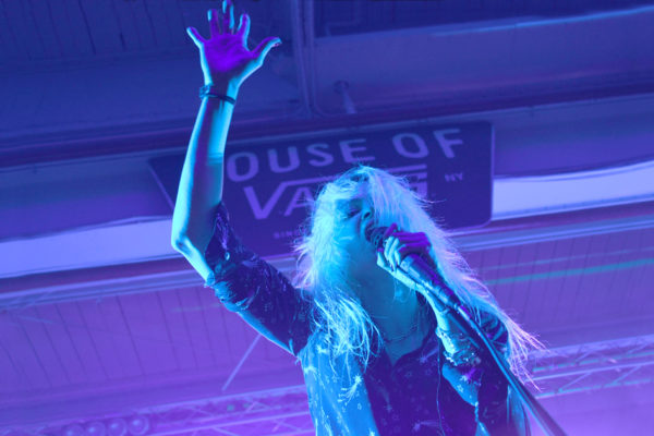 THE KILLS COME ALIVE AT HOUSE OF VANS